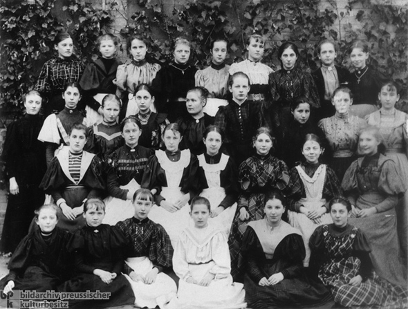 Secondary School for Girls (1896)