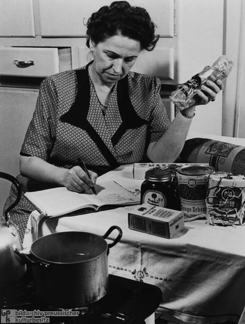 The Art of Maintaining a Household: All Purchases are Carefully Recorded (1950)