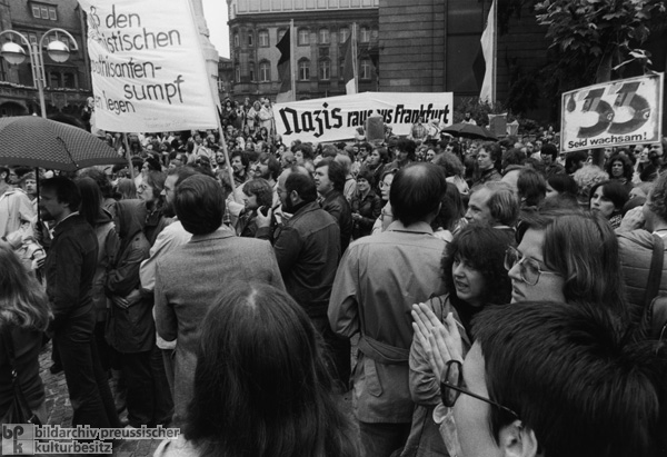 Demonstration against the National Democratic Party March on June 17th in Frankfurt am Main (June 17, 1978)