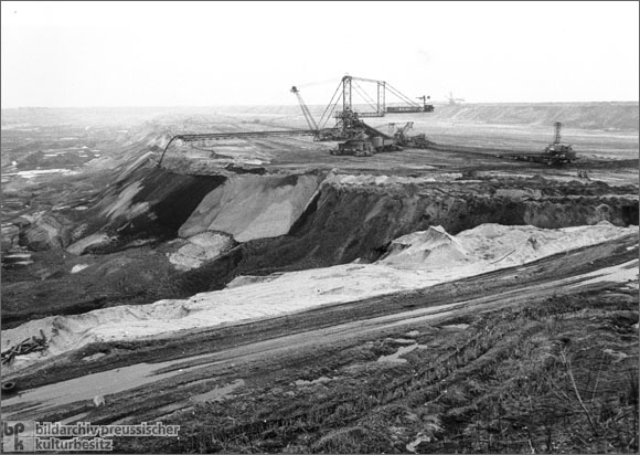 Brown Coal Strip Mining in Saxony (1986)