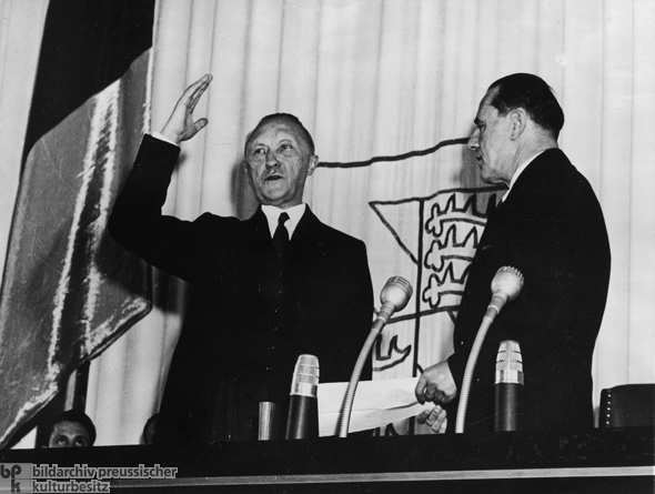 Inauguration of Konrad Adenauer as the first Chancellor of the Federal Republic of Germany (September 15, 1949)
