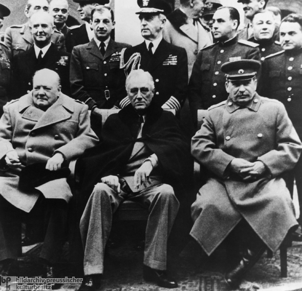 85 1945 Conference Yalta Conference 1945 Wall Art Canvas Prints