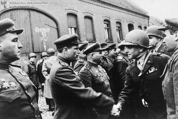Soviet and American Officers Meet (1945)