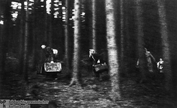 A Family Flees from East to West over the Border in the Bavarian Forest (1948-49)