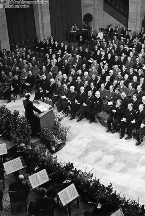 Opening Ceremony for the Parliamentary Council in the Museum König in Bonn (September 1, 1948)